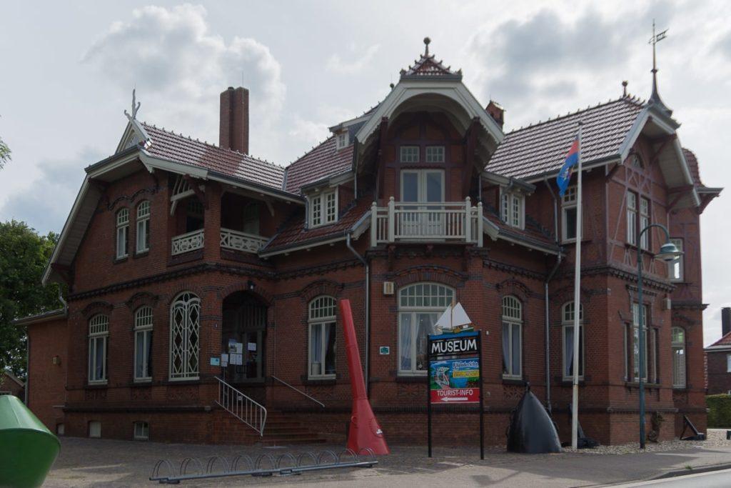 Fehn- und Schiffahrtsmuseum